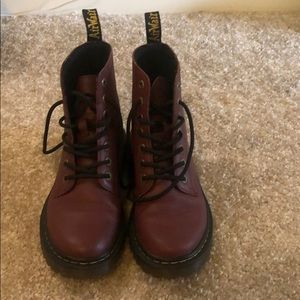 Dr. Martens, Burgundy, GREAT CONDITION